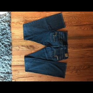 American Eagle Outfitters. Slim boot jeans. Size:0